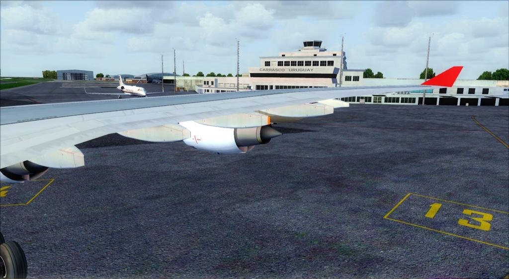 SBFL - SUMU - A340-500 TAM Fsx2012-07-1122-31-27-76