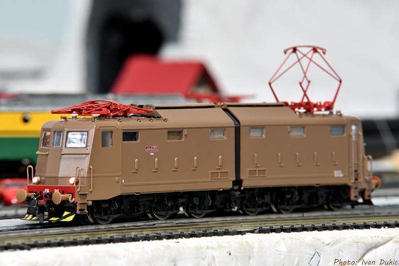 Moji modeli HO/N/O i moja maketa - Page 7 DSC_2989_zpspqladyou