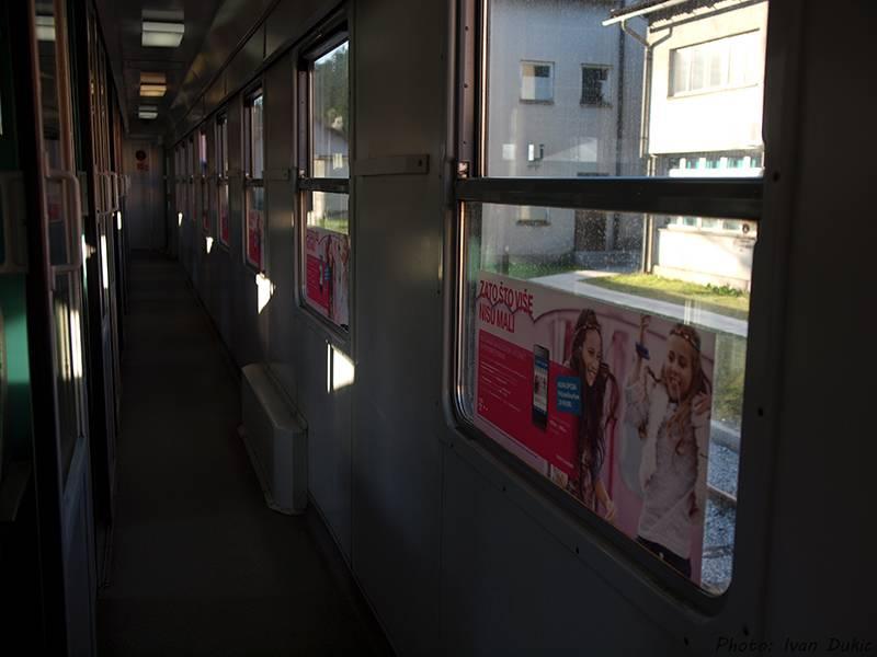 Oglašavanje na vozilima HŽ-PP-a P3205979_zps94dbcb3b