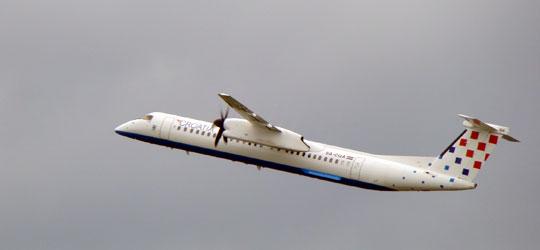 Neobicni, najljepši i najružniji avioni Dash8-q400_croatiaAirlines_IK_Index_V_zps008b527a