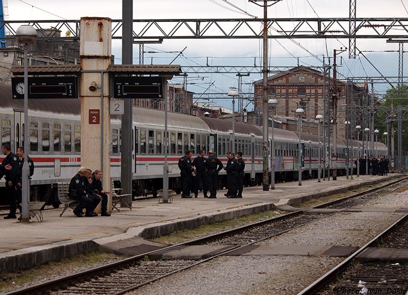 Navijački vlakovi P5077221_zps35cf51f4