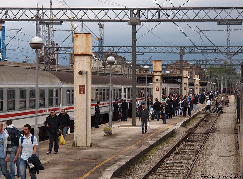 Navijački vlakovi P5077304_zpsef86d662