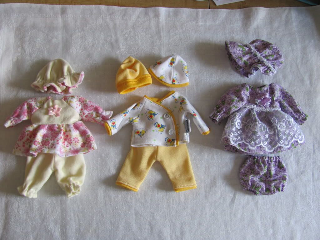 Welcome to TLC Artdolls' mini clothing page! IMG_0003
