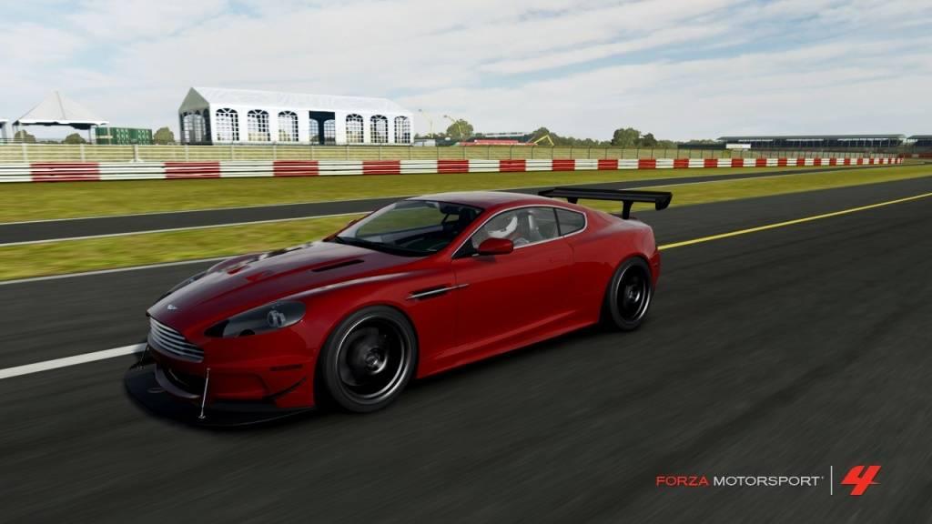Aston Martin DBS Review DBS