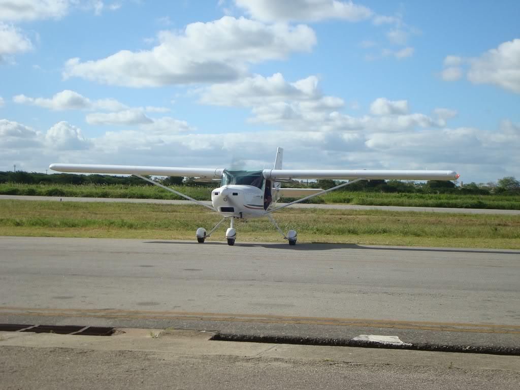 Voando Pelican Novamente  DSC07996