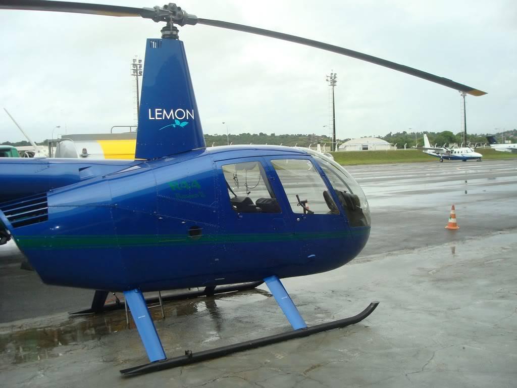 Voando Robinson 44 Raven II  DSC07832-1