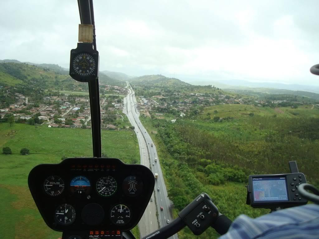 Voando Robinson 44 Raven II  DSC07840