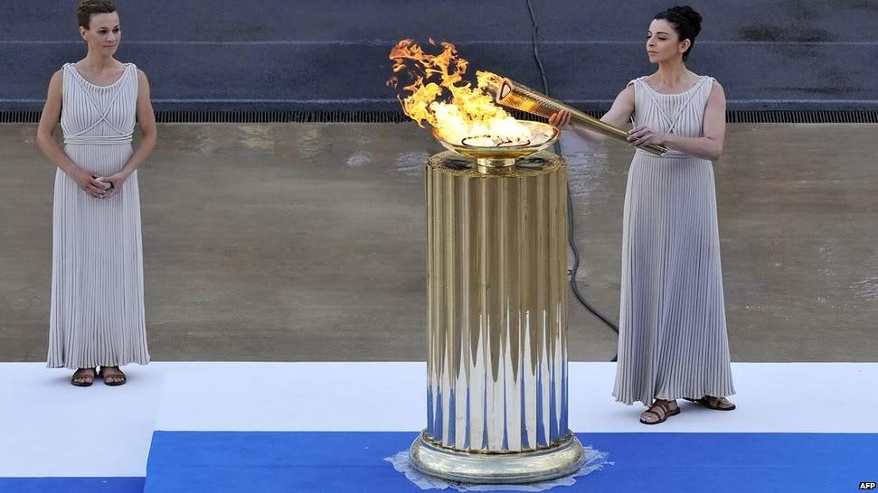 Live from Athens 2012 !!! Au jour le jour des news de la Foire Mondiale des Collectionneurs Olympiques à Athènes... 2-1
