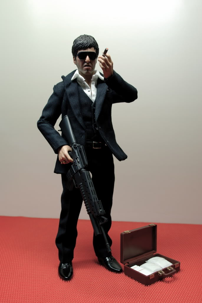 "[Enterbay] Scarface ""War Version"" - 1/6 scale - LANÇADO!!! - Página 5 DSC_4813"