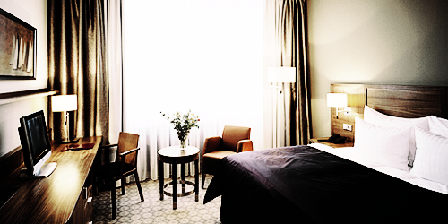 LIEUX IMPORTANTS ; guide de Prague. Hotelsilenzio4