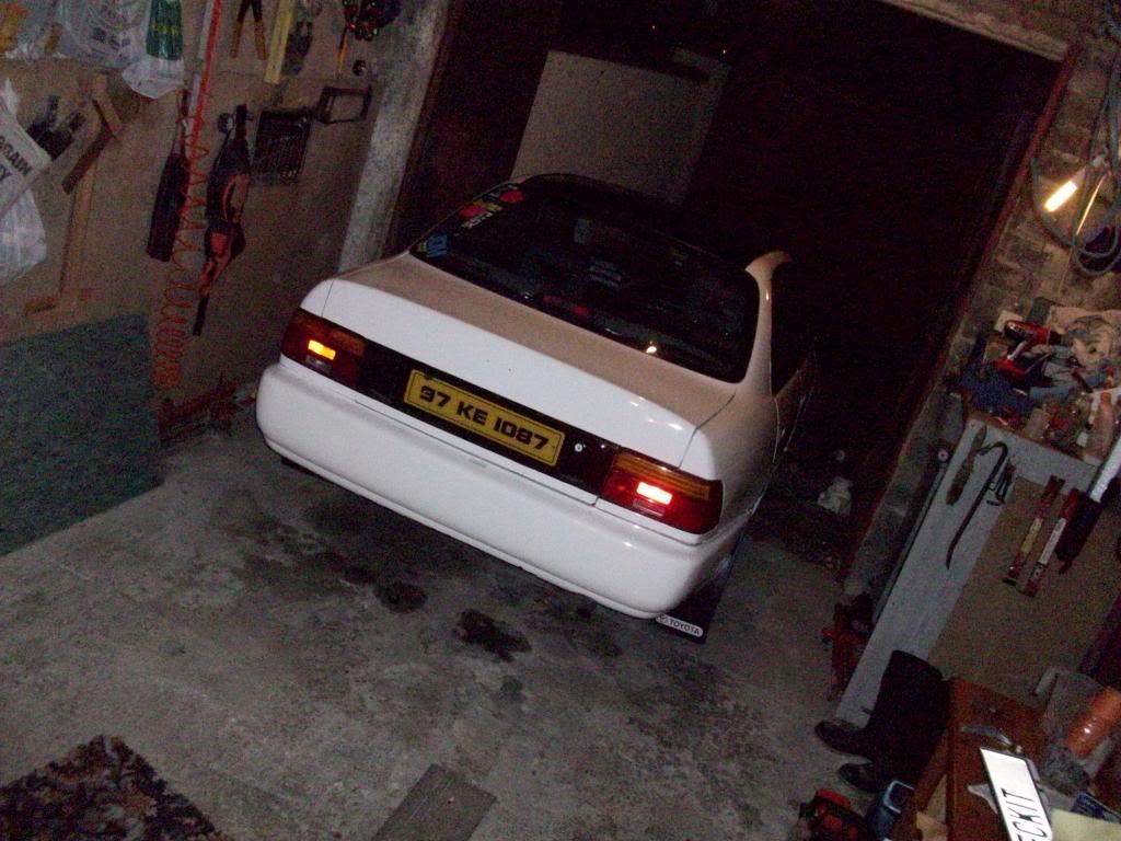 My Low and Slow E10 Corolla Saloon -rocker cover, recaro, rimmage page 3 100_1640_zps081867e8