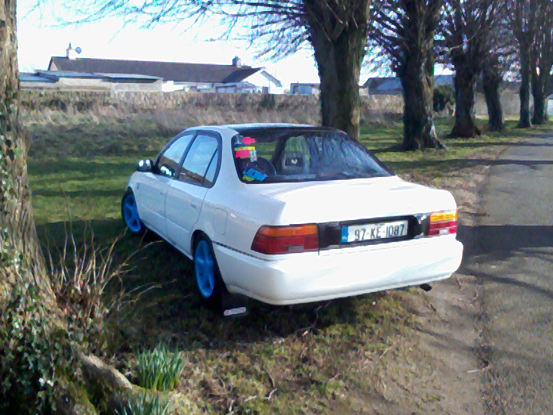My Low and Slow E10 Corolla Saloon -rocker cover, recaro, rimmage page 3 Photo0294_zps79bdbabe