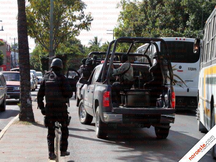 Fotos de la Policía Élite de Sinaloa 402475_312537432101744_452444999_n