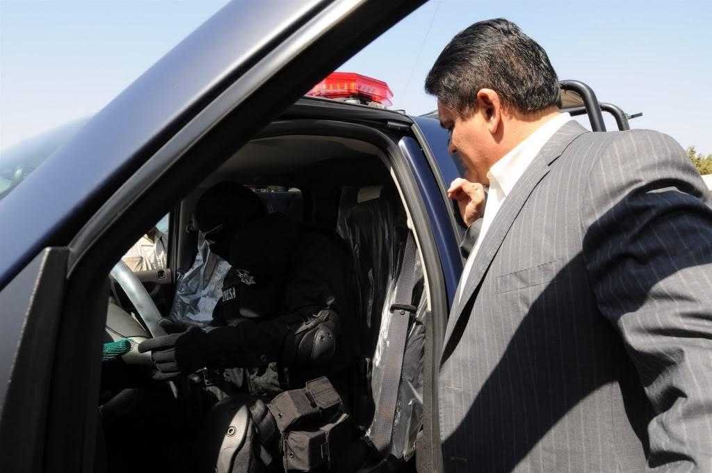 Fotos de la Policía Élite de Sinaloa ENTREGADEEQUIPOAPOLICIAMINISTERIAL1-754351