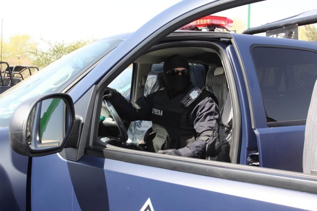Fotos de la Policía Élite de Sinaloa ENTREGADEEQUIPOAPOLICIAMINISTERIAL15-752428