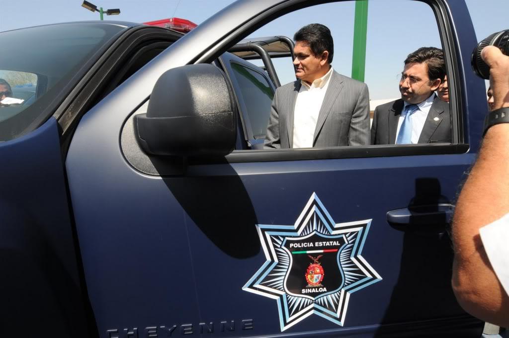 Fotos de la Policía Élite de Sinaloa ENTREGADEEQUIPOAPOLICIAMINISTERIAL2-755252