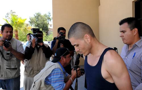 mexicali - Rescatan ministeriales y soldados a secuestrado por narcos en Mexicali Pil-1