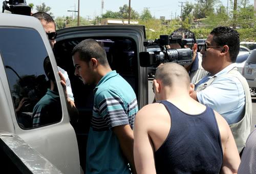 mexicali - Rescatan ministeriales y soldados a secuestrado por narcos en Mexicali Pil-3