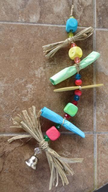 Deux petits bricos:Une échelle à cordes et un jouet suspendu IMG_1128_zpse997ac1d
