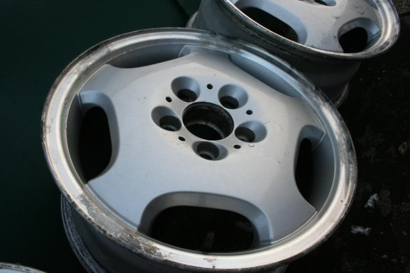"16"" Mercedes Alloy Wheels 011"
