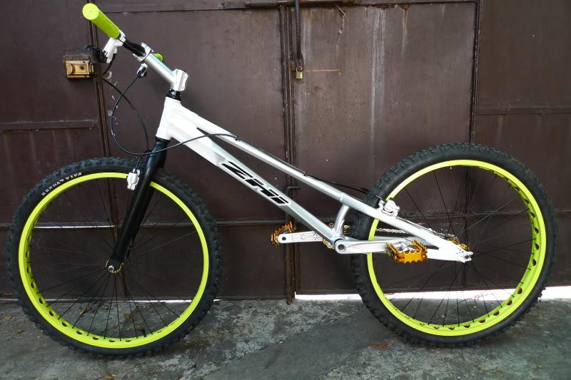 """FS: Zhi Z3 26"""" trial bike P1020886"""