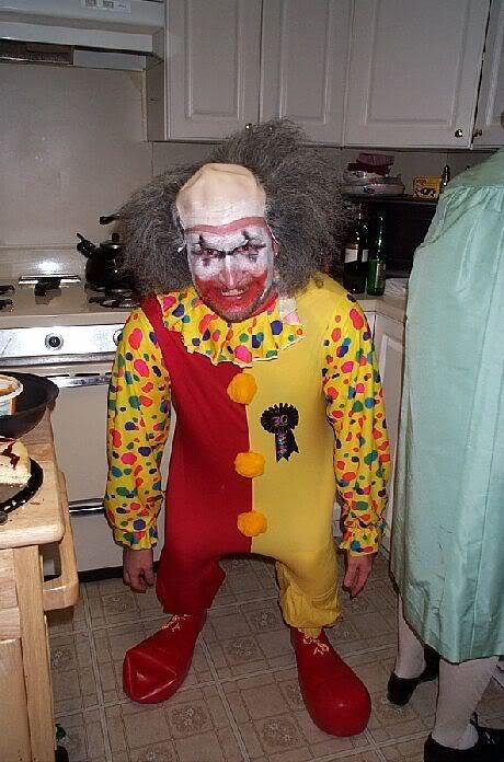 07.04.2011 (Властелин колец) - Страница 2 Scariest-clown-ever