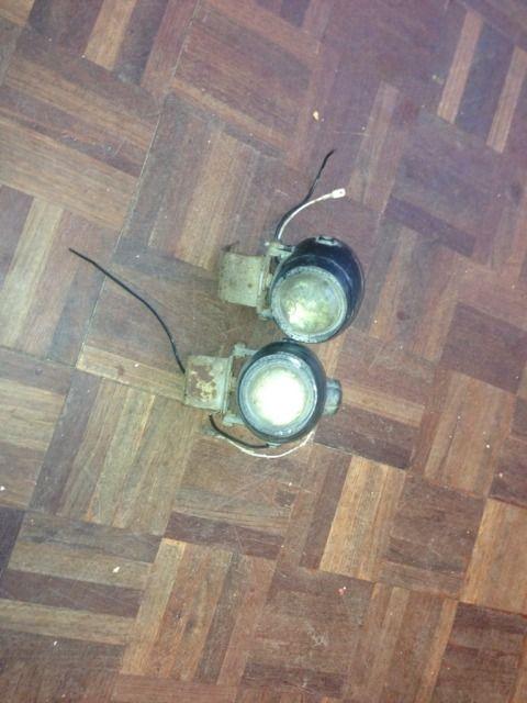 Bumper spot lights DF3F58DE-29E1-435B-91AE-83AB3B115C59-2145-0000020D0BDF153B