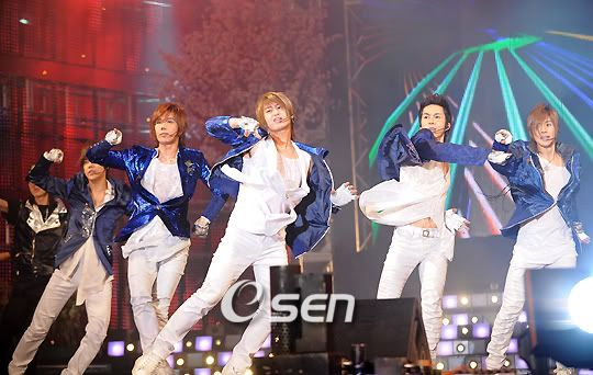 ~ Galerie - Only SS501 ~ - Page 4 200804112232132100_1