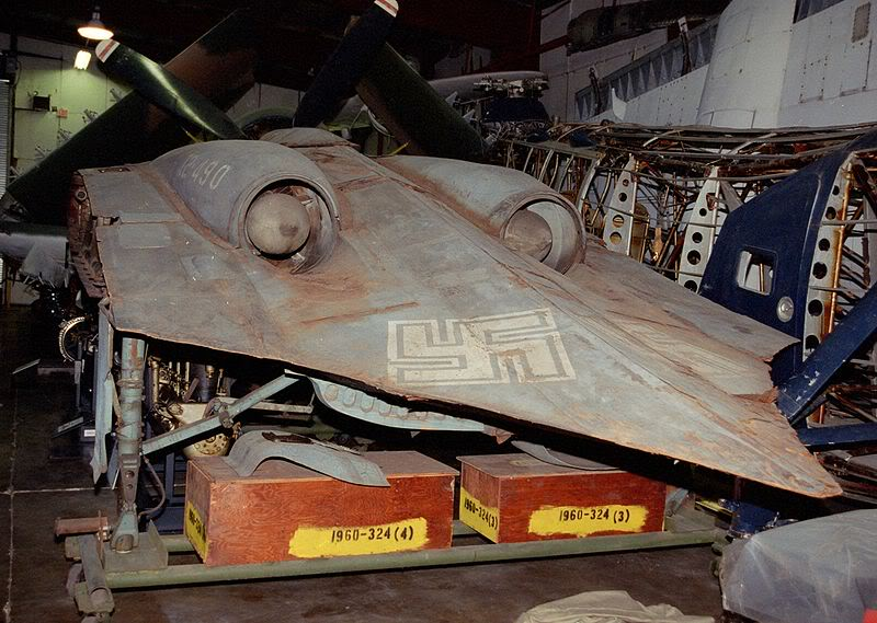 Hitlerove Tajne vojne projekte 800px-Horton-GO229-rear