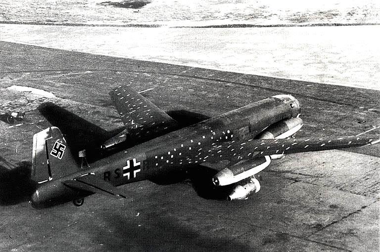 Hitlerove Tajne vojne projekte Ju287v1_07