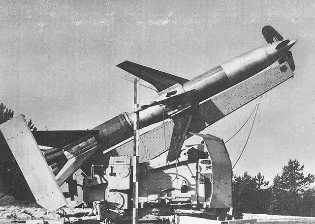 Hitlerove Tajne vojne projekte Rheintochter-1_01m