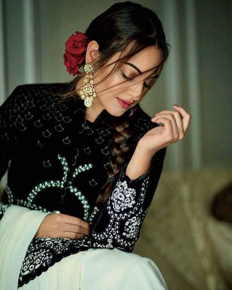 Sonakshi Sinha Bridal Photoshoot Sonakshi_Sinha_Bridal_Photoshoot-3