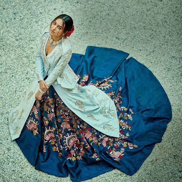 Sonakshi Sinha Bridal Photoshoot Sonakshi_Sinha_Bridal_Photoshoot-7