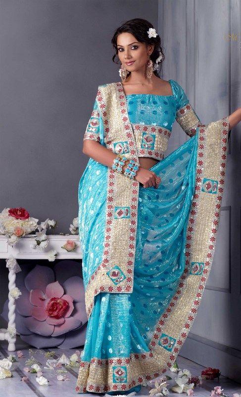 Indian Women in Beautiful Saree India26
