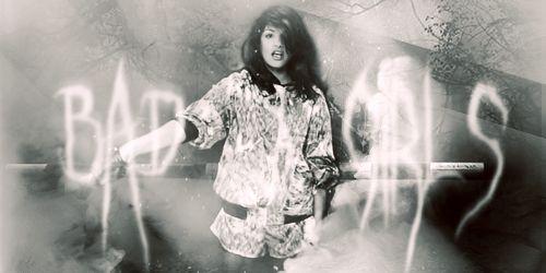 Chall nº493 - Firma - Mainstream vs Underground [AWARDS] Badgirls