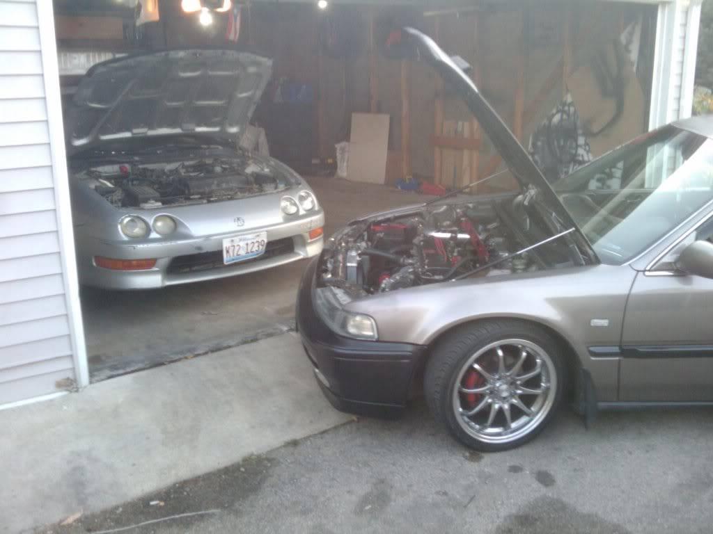 a holy crap load of random ass pics of my car 2011-10-09175724