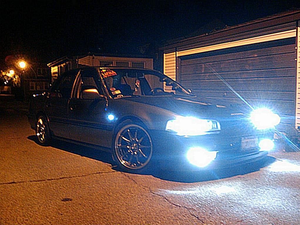 a holy crap load of random ass pics of my car 2011-10-12035750