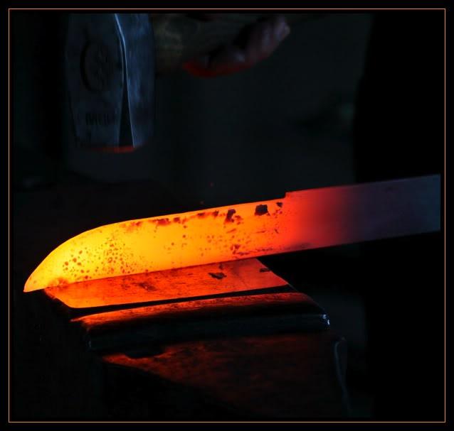 Feux et sueurs; images de forge - Page 3 11ATOC