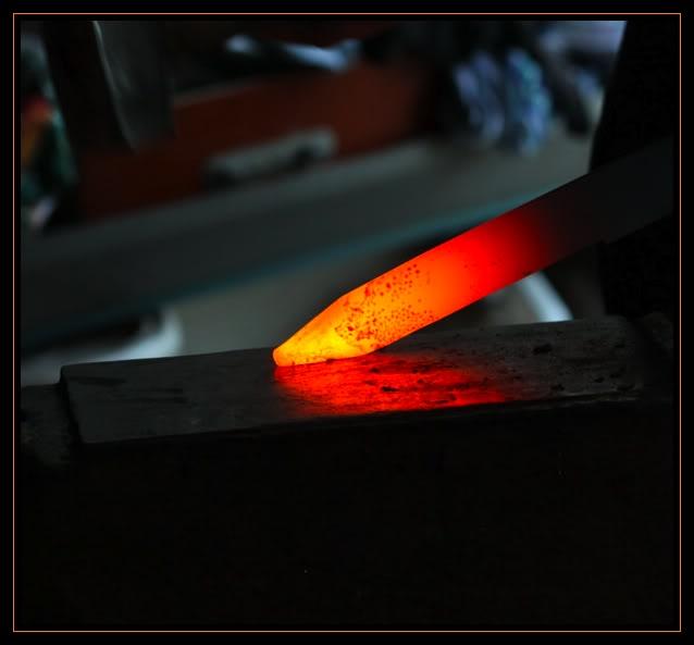 Feux et sueurs; images de forge - Page 2 6ATOC