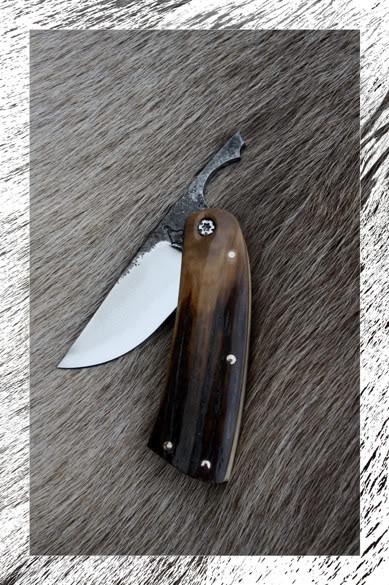 Couteaux Pliants : AVANT PREMIERE - Page 2 P2