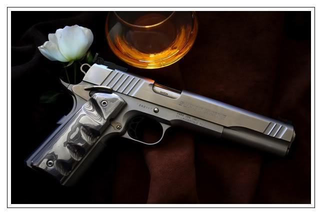 Bric à broc... Colt-45-damasATOC