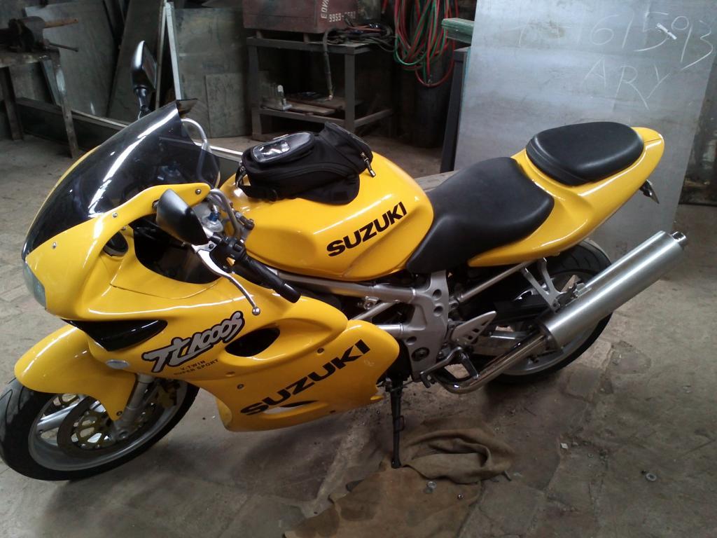 """Mudança de Moto!!!!! Apresentando minha """"Loirinha"""" IMG041_zps620d7aa3"""