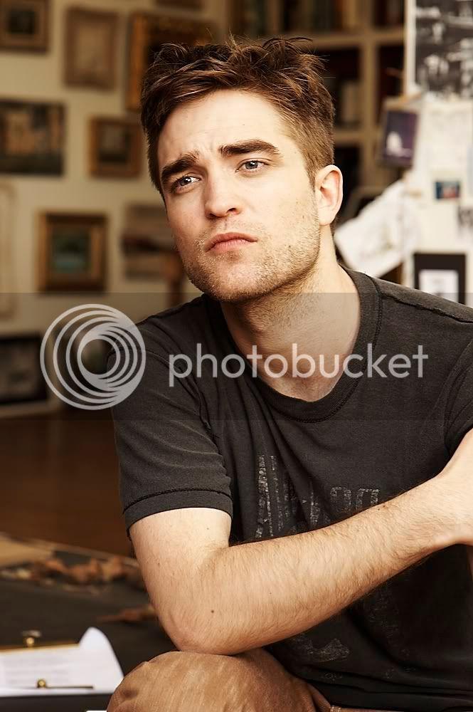 Nouveaux outtakes du shooting de Robert Pattinson pour Carter SMITH - Page 5 Cartersmith2