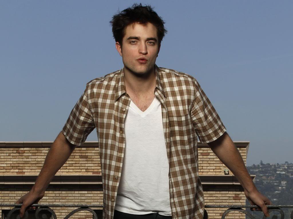 Interview de Robert Pattinson avec USA Today Pattinsonlife-usat