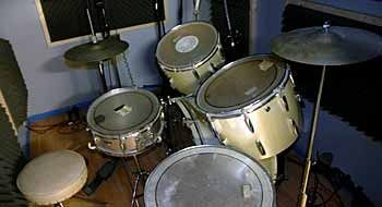 Historia de Sid - Página 2 Drums