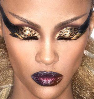 What do you think about following make up?? do you like it or not? Comment! Dramatic-Eye-Makeup