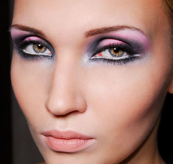 What do you think about following make up?? do you like it or not? Comment! Eyemakeup