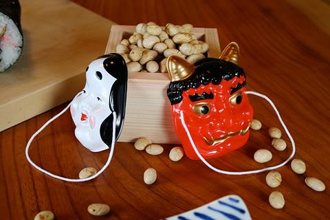 [Đời sống - Văn hóa] Các lễ hội trong năm của Nhật Setsubun-mamemaki-ehomaki-grilled-sardine-3
