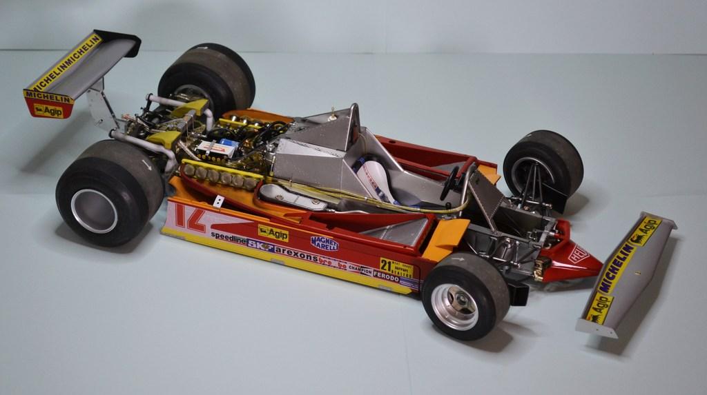 Ferrari 312 T4 1/12 TAMIYA - Page 4 DSC_0018_zps1caoqj7b