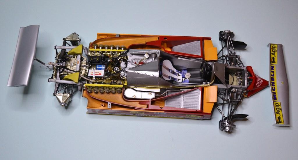Ferrari 312 T4 1/12 TAMIYA - Page 3 DSC_0022_zpsjkrz6wyc